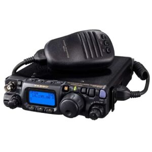 FT-818ND HF/VHF/UHF QRP Transceiver